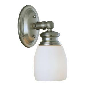 1 Light Sconce
